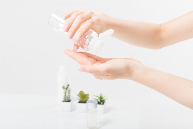 顔の乾燥肌の原因を取り除く化粧水