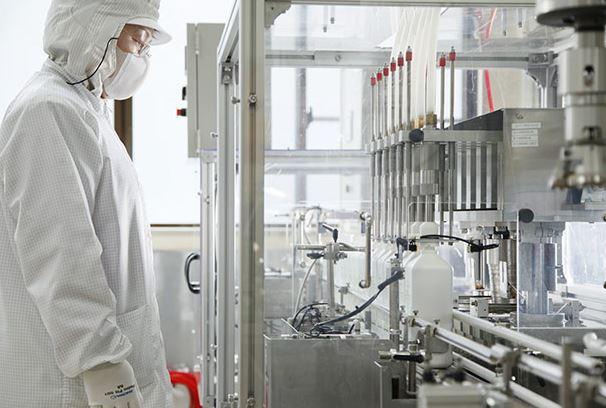 幹細胞コスメ製造現場